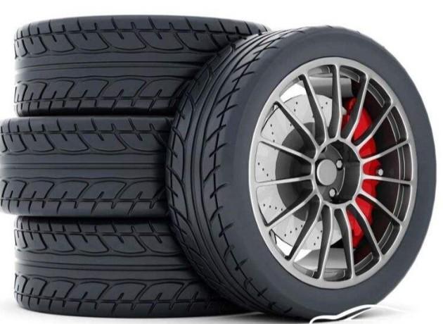 一,轮胎花纹种类的选择