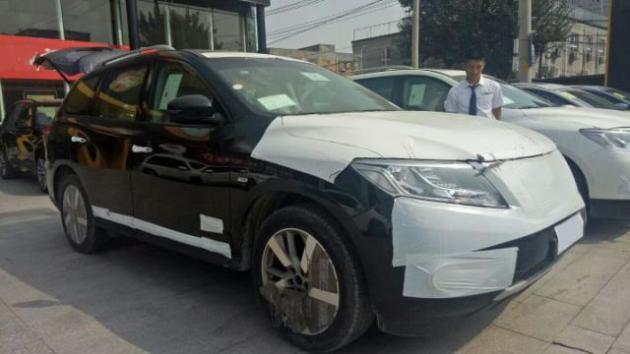 日产尼桑探路者10月最新报价30万左右即可提车