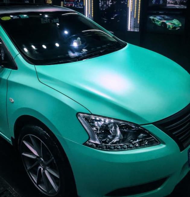 日產軒逸電光蒂芙尼車身改色貼膜效果圖