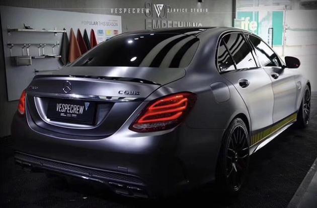 奔驰c63汽车改色电光金属碳灰车身贴膜效果图 最美的灰色