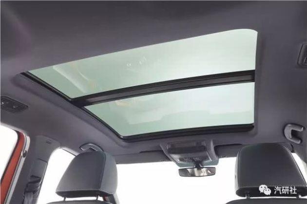 配全液晶仪表科技感爆棚一汽-大众全新紧凑型SUV命名为探歌