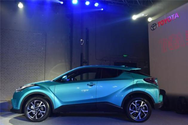 当你们都在谈智能互联时广汽丰田C-HR要谈谈什么是汽车_韩式1.5分