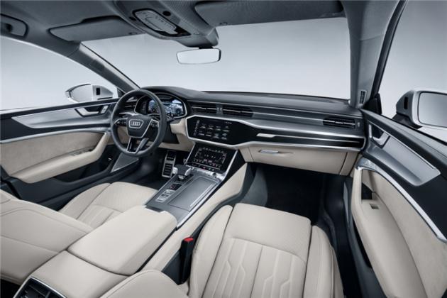 新一代中大型轿跑的巅峰对决奥迪A7 VS 奔驰CLS