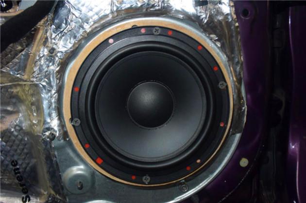 好听又省钱的音响改装起亚佳乐汽车音响改装摩雷听宝