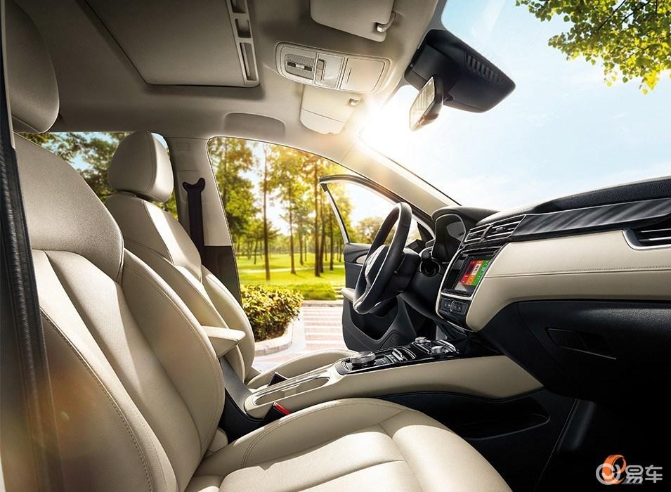 荣威ei5对比大众e-lavida朗逸,新源价格选比亚迪G3后备箱盖汽车图片