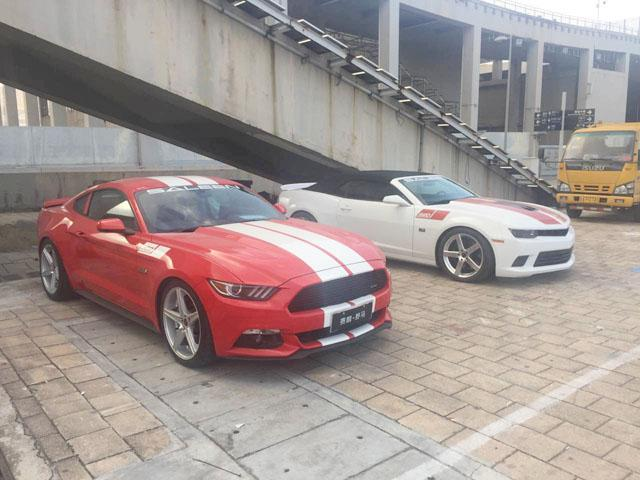 腾讯汽车探馆同事拍到了美国著名改装公司saleen赛麟本次展出的多款