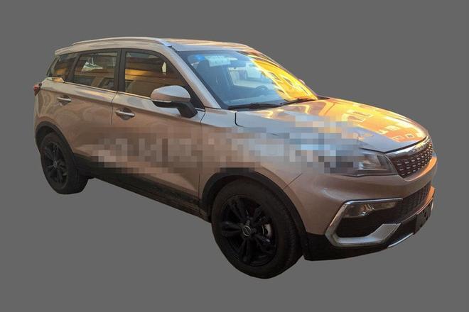 或2017年上市销售 猎豹CS9量产车型谍照