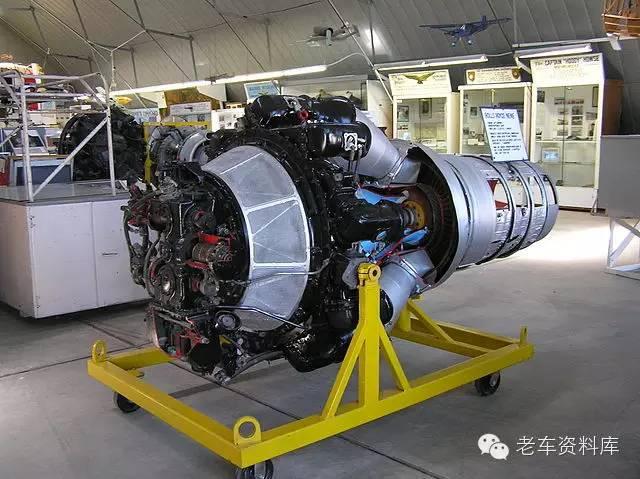 """""""尼恩""""涡轮喷气发动机, 进气口和轴流式涡轮喷气发动机不一样图片"""