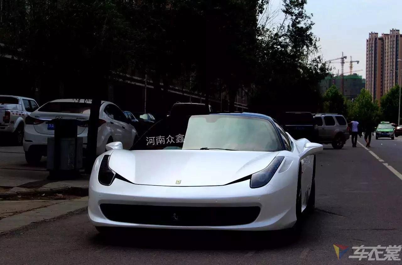 秀设计卖品质 法拉利458电光白车身改色贴膜图片