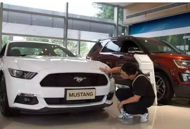 是什么人把福特Mustang买成中国跑车界的销冠