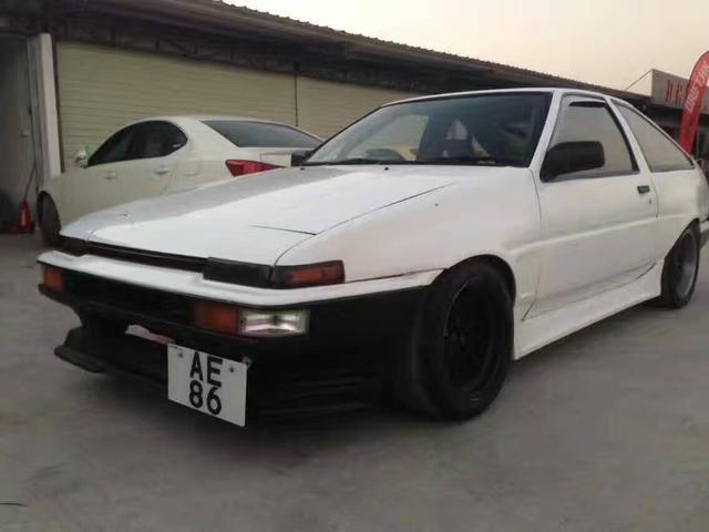 D 豆腐车丰田AE86