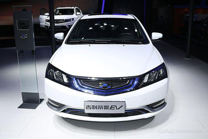 吉利帝豪EV版纯电动车-百公里油耗仅为 1.5L 帝豪插电混动版曝光