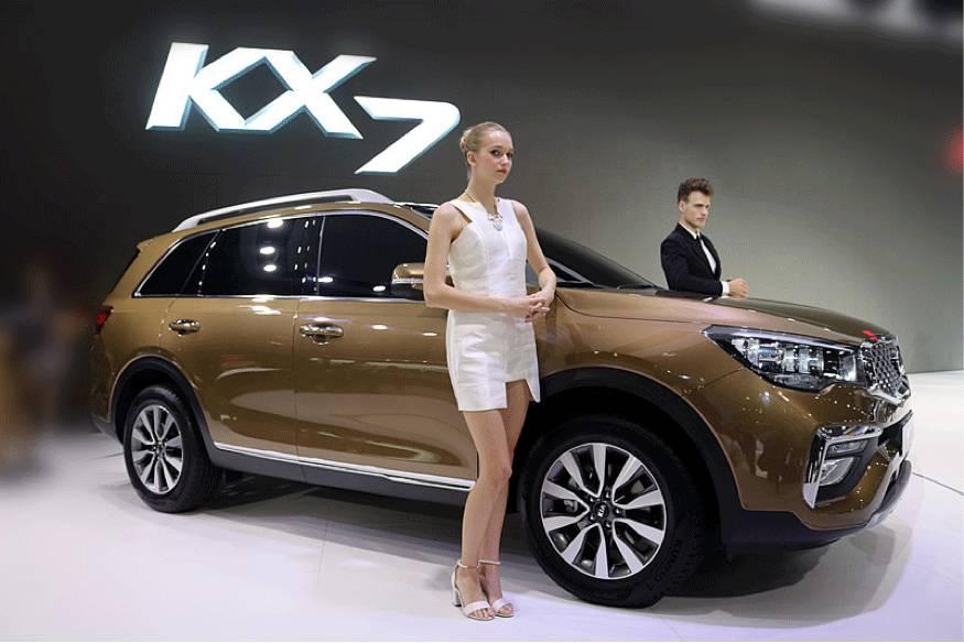 东风悦达起亚k2 cross首次亮相上海车展 起亚k2图片