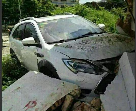 上汽荣威eRX5请比亚迪唐车主深度试驾,车主却说了真心话!