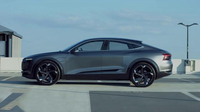车身超5米 奥迪Q8即将上市 宝马X7得抖一抖高清图片