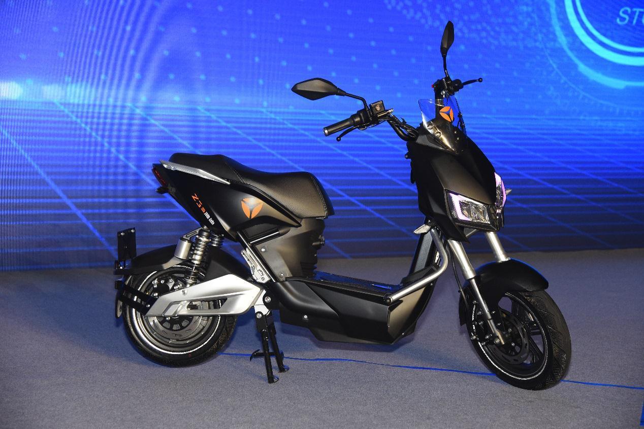 智能电动车雅迪Z3s开售 开启不一样的未来