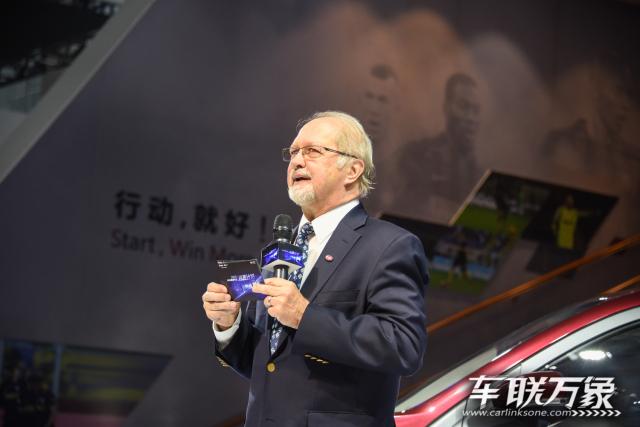 国际米兰球星助阵斯威汽车集结广州车展_车联