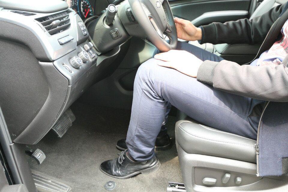 买了雪佛兰萨博班后,老板再也不坐轿车了
