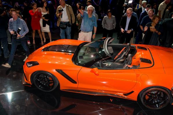 6.2L V8增压发动机,大神带你逛2017洛杉矶车展,看最新豪车