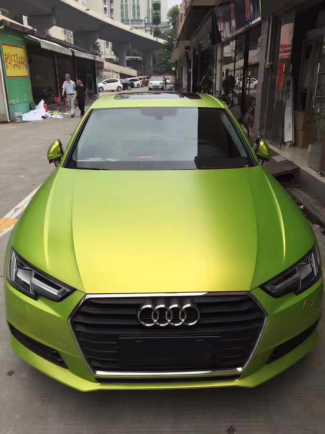 亚州色囹l#�+_奥迪a4l汽车车身改色电光柠檬绿贴膜