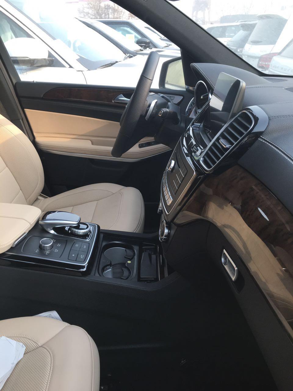 2018款美规版奔驰GLS550报价加版配置报价