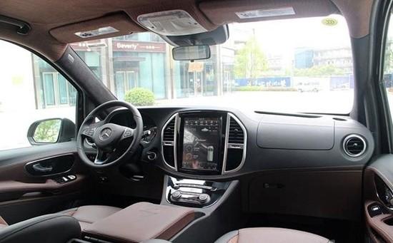 奔驰劳伦士MS500 进口威霆改装房车价格