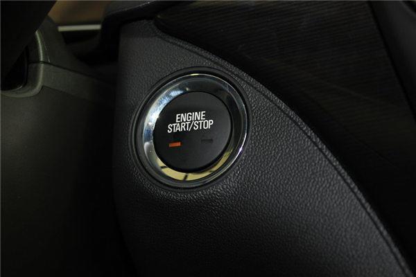 原来一键启动这样用,这么多年的车白开了