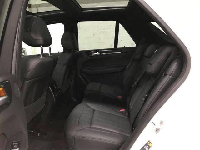 18款加版奔驰GLE400白色高配最低报价72万