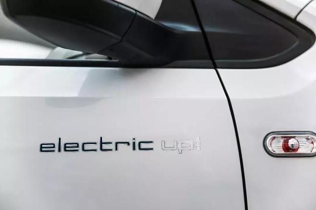大众纯电小精灵electric up! 和混动小钢炮GTE,你了解多少?