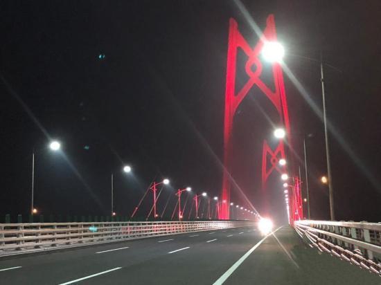 珠港澳大桥通车,可以开车去香港了