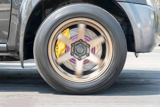 到底是盘式刹车好还是鼓式刹车好?