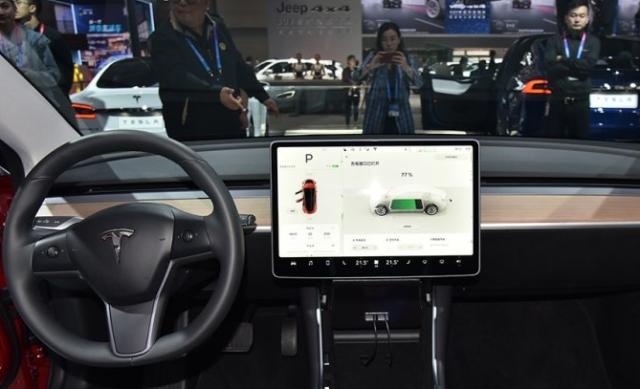 """中控屏""""大""""是趋势 这些车中控一个比一个大"""