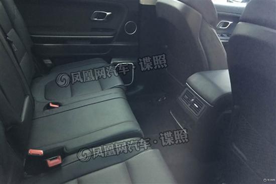 红旗中大型SUV谍照曝光!量产版红旗HS7比路虎霸气!