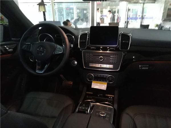 2018款奔驰GLS450七月现车价格多少