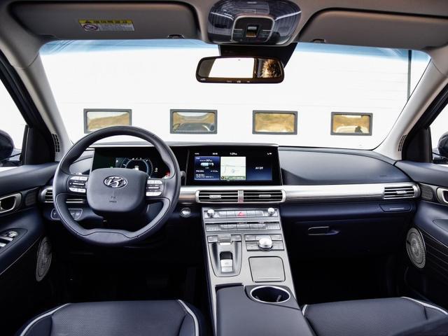 现代终于爆发了!新车比途观霸气不烧油不耗电续航600公里