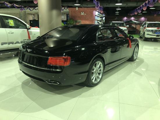 火热18款欧规宾利飞驰V8S 豪华四座293万-图3