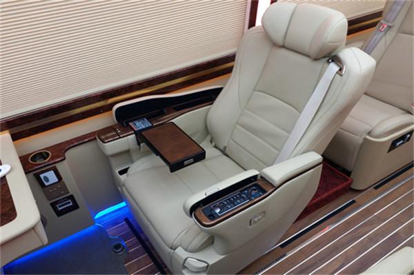 购车咨询暖和线:13261183333 同微信