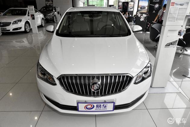 花12万买紧凑型车。哪个更实惠?