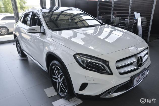 手握28万买车怎么选?奔驰GLA级 VS 宝马X1