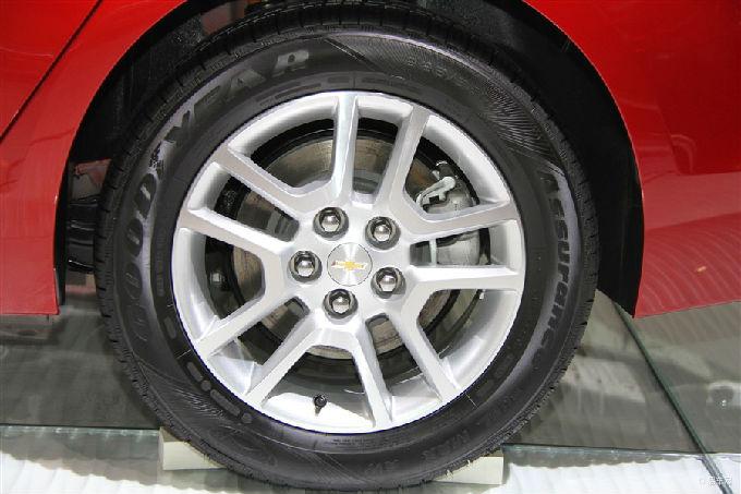 迈瑞宝14款轮毂标图高清图片
