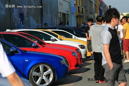 改装酷车聚集北京 且看EZLF改装车聚会
