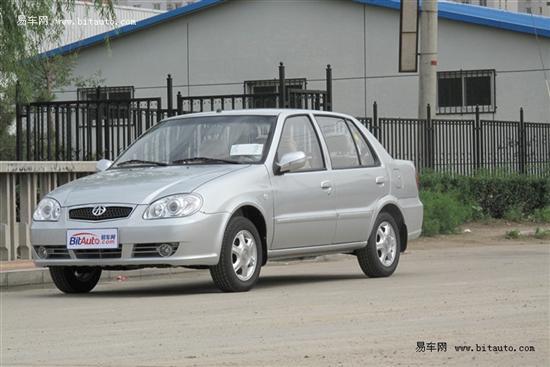 百万销量的代步小型车 夏利N3试驾