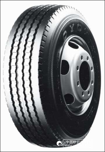 > 轮胎花纹作用有不同 教你如何选安全轮胎      条形花纹