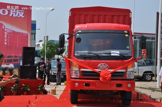 —赛龙10版系列新产品;一汽解放青岛汽车厂丁大海厂长,大柴,锡柴
