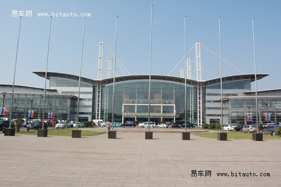 天津港保税区汽车城高清图片