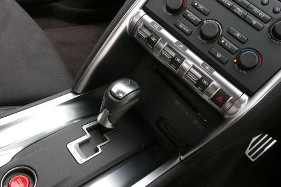 解密汽车内饰材料 碳纤维和塑料内饰高清图片