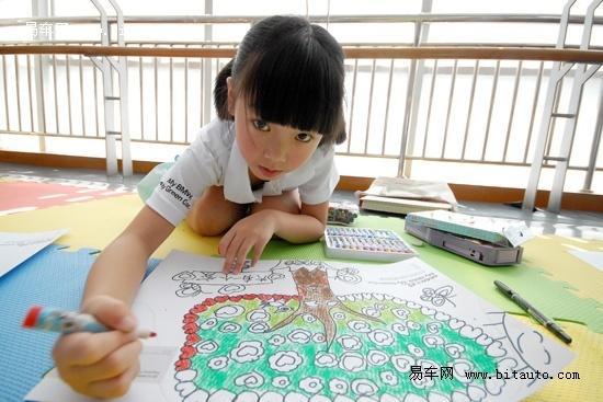【图文】2010宝马bmw儿童绘画比赛武汉开赛图片