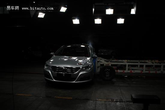 大众CC侧面碰撞试验-上半年C NCAP五星安全车型导购 大众CC高清图片