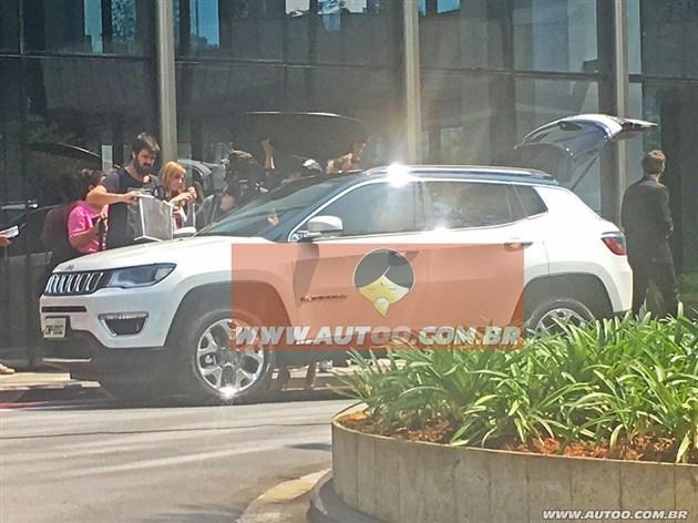 Jeep全新SUV实车图曝光 双色车身设计