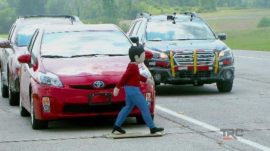 迈向明天:TRC致力无人驾驶与车联网技术研究